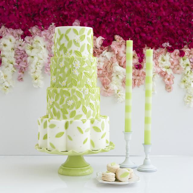 Oscar De La Renta Inspired Cake by The Caketress
