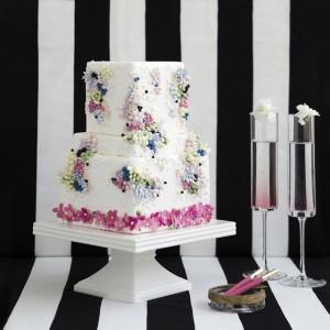 Abu-dhabi-cake-designer-the-caketress-lori-hutchinson