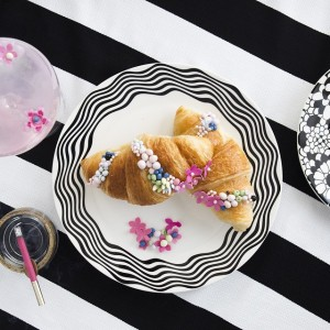 chanel-croissant-caketress-Lori_hutchinson