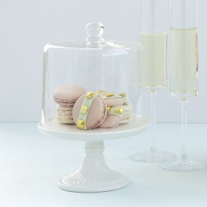 pastal-valentino-rockstud-macaron-favours-caketress